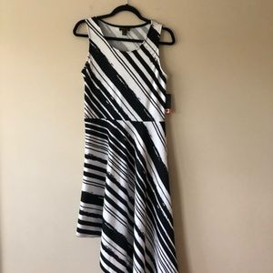 Cartise black and white printed asymmetrical dress